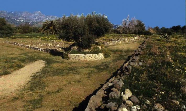fekvő naxos kertek