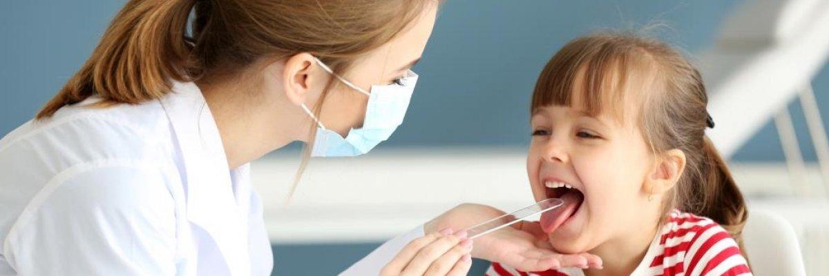 A kezdődő torokfájás leghatásosabb természetes ellenszerei: gyorsan gyógyítanak - Gyerek   Femina
